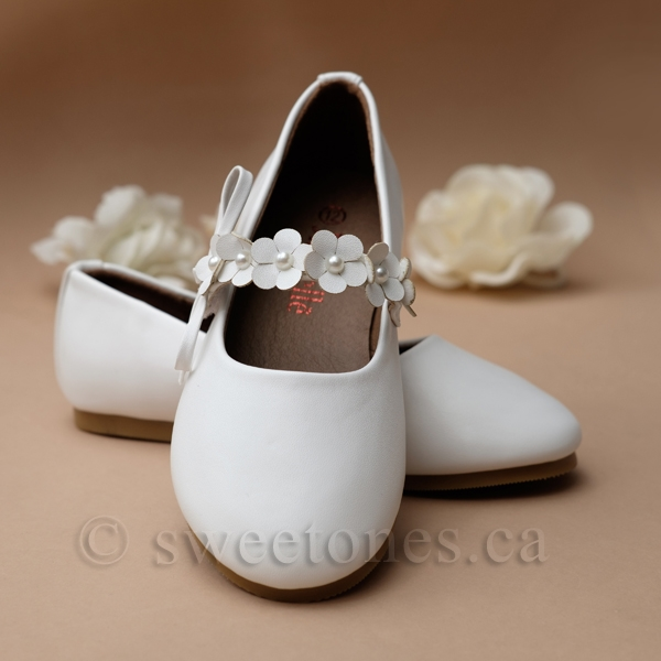 b3f26871a7fe6 Ballerina shoes with flower strap - Style G-SHOES-1901