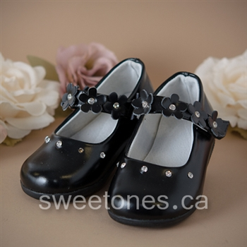 Aurora,Stouffville, Newmarket, Ontario, Canada-Sweet Ones Boutique-Children's Formal Wear |Flower Girls Dresses and Shoes |  Infant and Toddler Dresses and Shoes | First Communion Dresses and shoes | Christening Gowns and shoes | Baby Baptism |