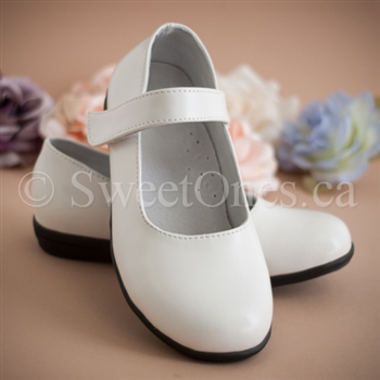 Flower girl white mary jane shoe