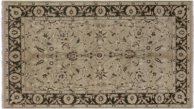 Persian Hand Knotted Oriental Area Rug