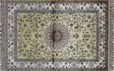 Silk Hand Knotted Ivory Kashan Rug