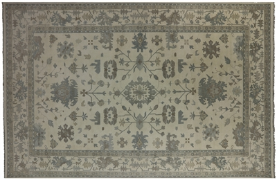 Traditional Oushak Hand Knotted Wool Oriental Rug