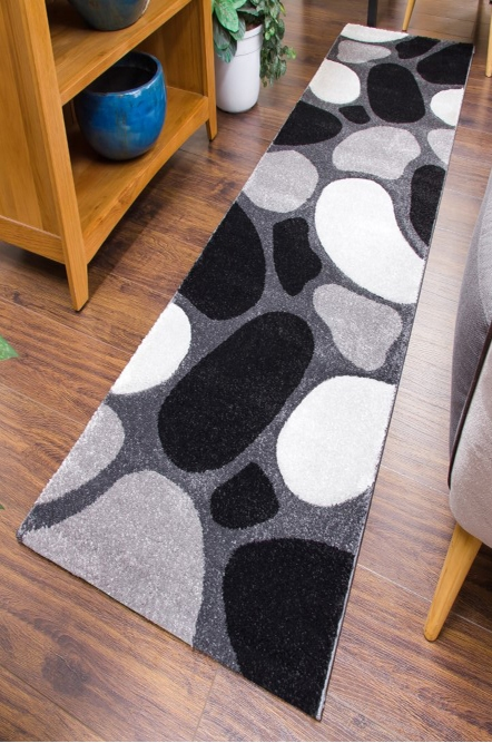 Pebbles Runner Rug Black Gray