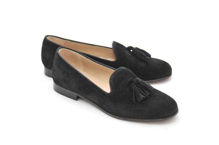plain black loafers women's