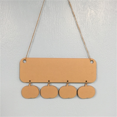 Holiday Wall Hanger with 4 Ball Ornaments