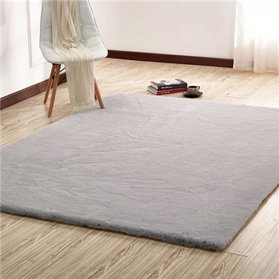 Caparica Faux Chinchilla Area Rug in Silver