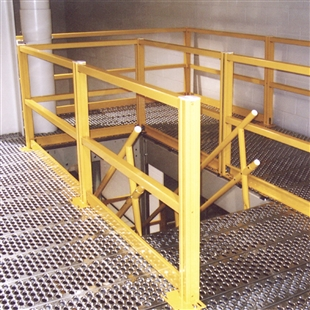 2 Railing Mezzanine Safety Unity w/ 2 Corner Posts