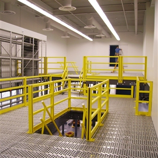 3 Railing Mezzanine Safety Unit w/ 2 Corner Posts