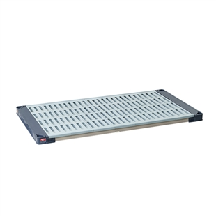 "18""d MetroMax 4 Antimicrobial Shelf w/ Grid Mat"