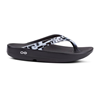 OOFOS | OOlala Luxe Geo Sandle Black / White Size 7 | 14294-OOF-1403GEO