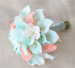 Natural Touch Tiffany and Peach Small Calla Lilies with Frangipani Bouquet