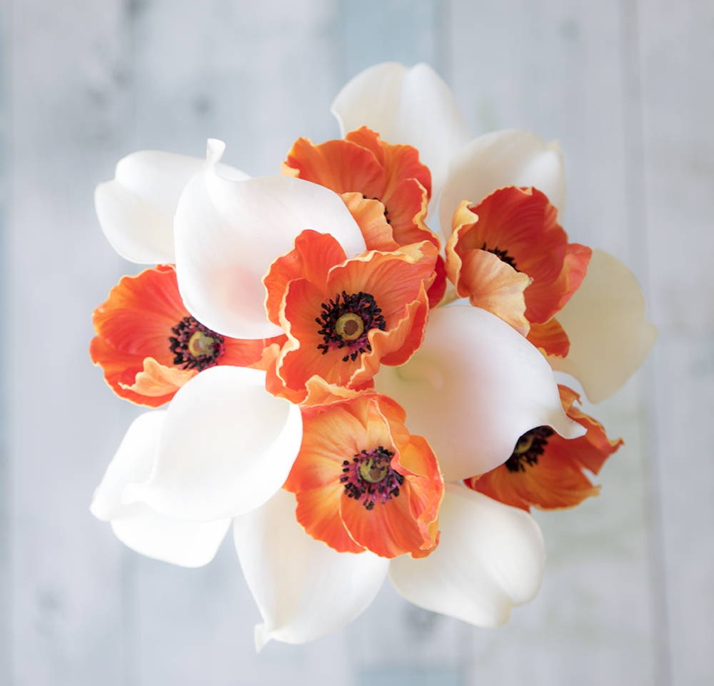 Fresh Real Touch Off White Calla Lilies and Orange Poppies Bouquet  XY97