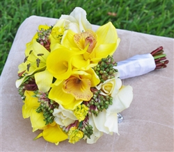 Natural Touch Yellow Callas, Roses, Orchids and Lilies Bouquet