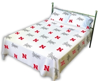 Nebraska (NU) Cornhuskers Printed Sheet Set (Twin XL, White Color)