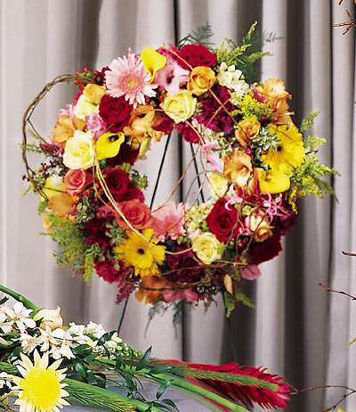 Bold Color Natural Wreath