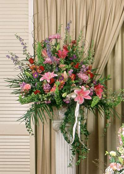 Pastel Beauty Standing Basket