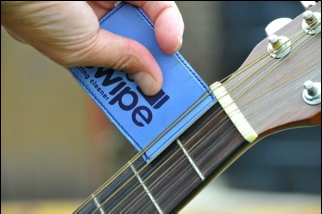 """The Swipe"" Guitar String Cleaner"