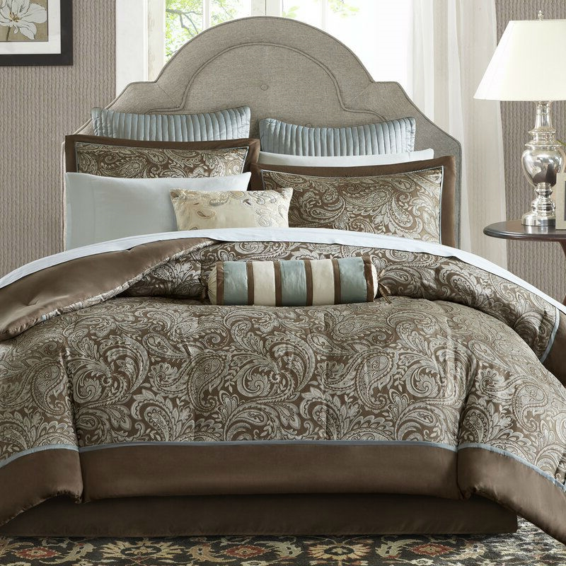 King size 12 piece Reversible Cotton Comforter Set in Brown and