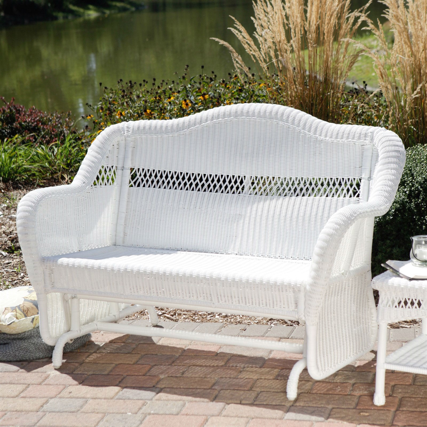 White Resin Wicker Outdoor 2 Seat Loveseat Glider Bench Patio Armchair Fastfurnishings Com