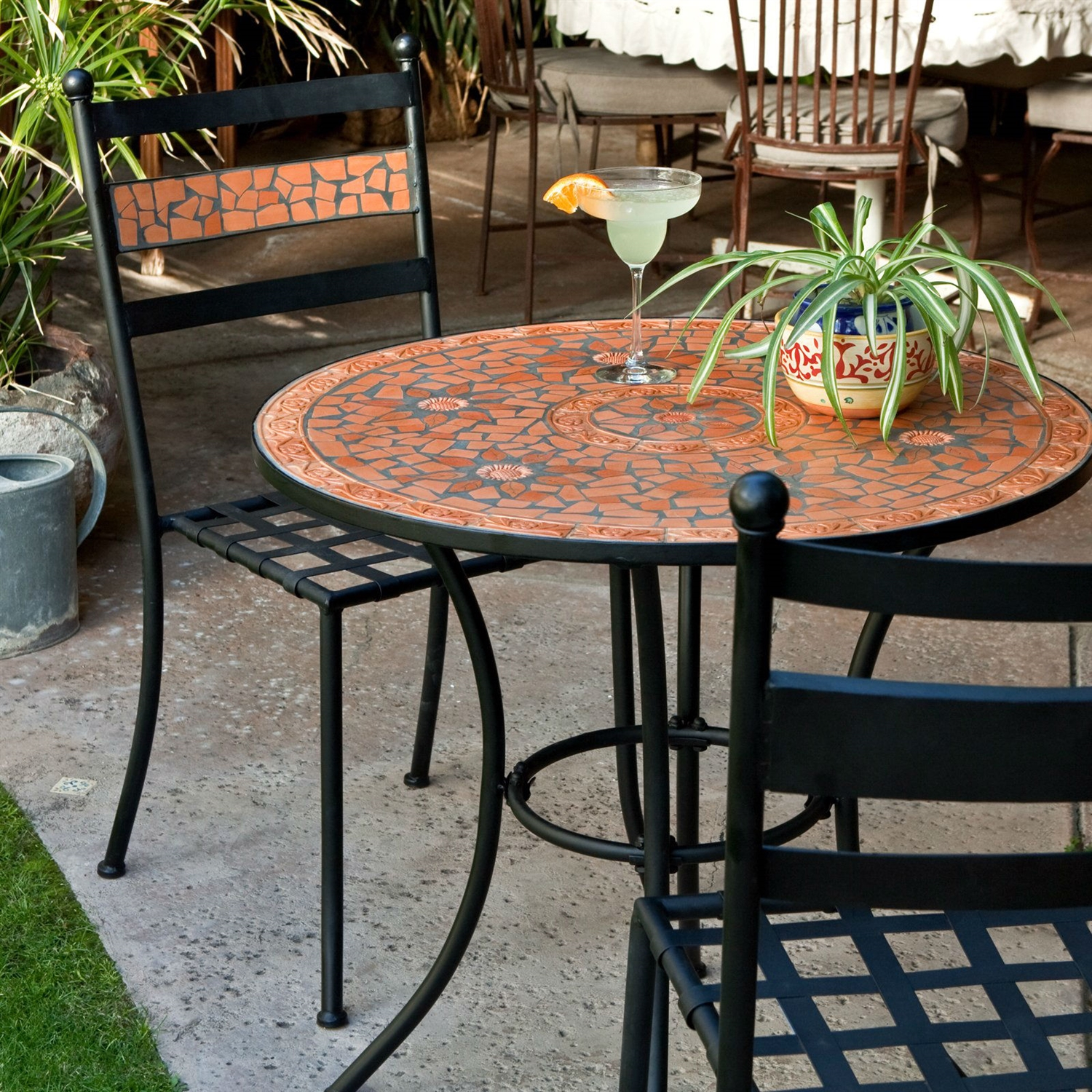 3 piece black metal patio bistro set with terra cotta for Metal garden furniture