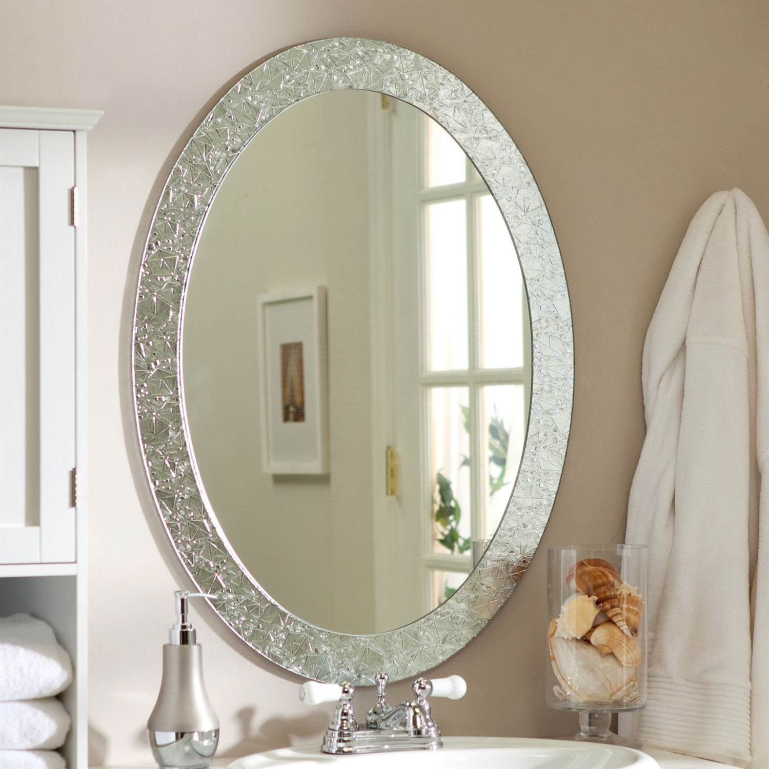 Oval Frame Less Bathroom Vanity Wall Mirror With Elegant Crystal Border