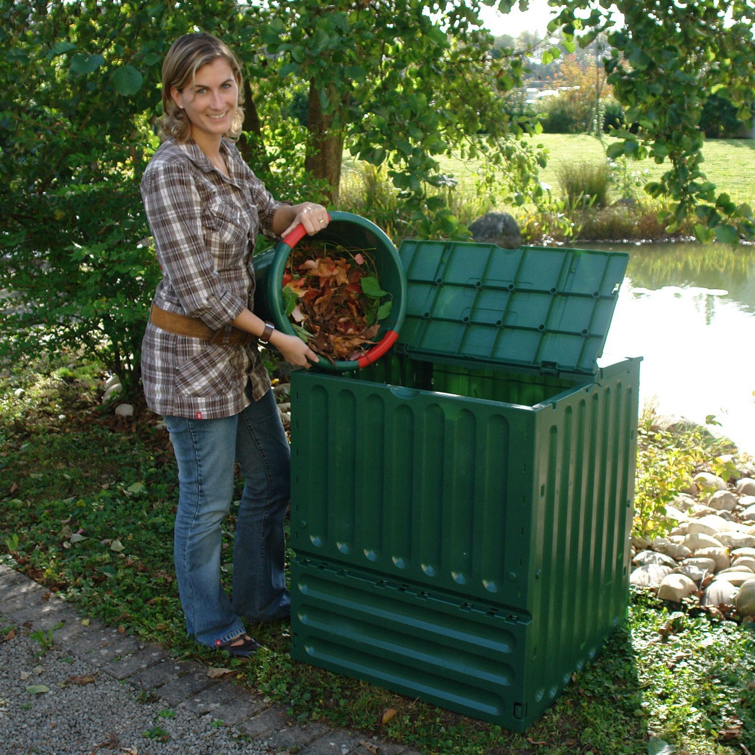 outdoor composting 110 gallon composter recycle plastic compost bin
