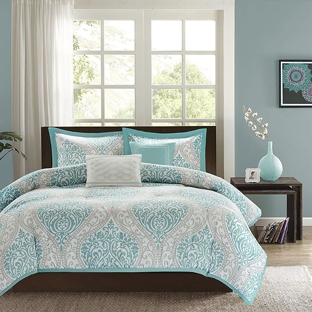Full Queen Size 5 Piece Damask Comforter Set In Light Blue White And Grey Fastfurnishings Com