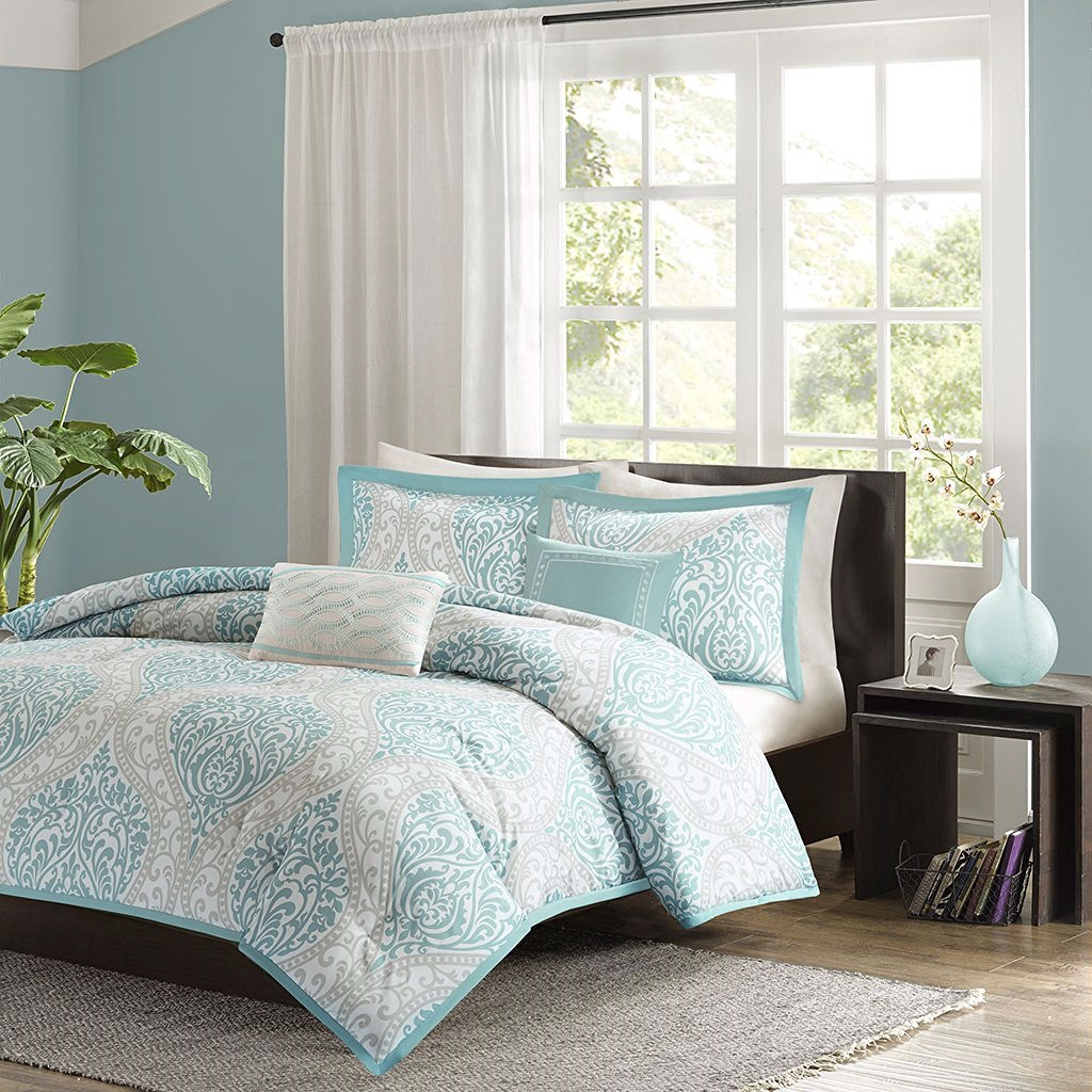 full queen size 5 piece damask comforter set in light blue white and grey. Black Bedroom Furniture Sets. Home Design Ideas