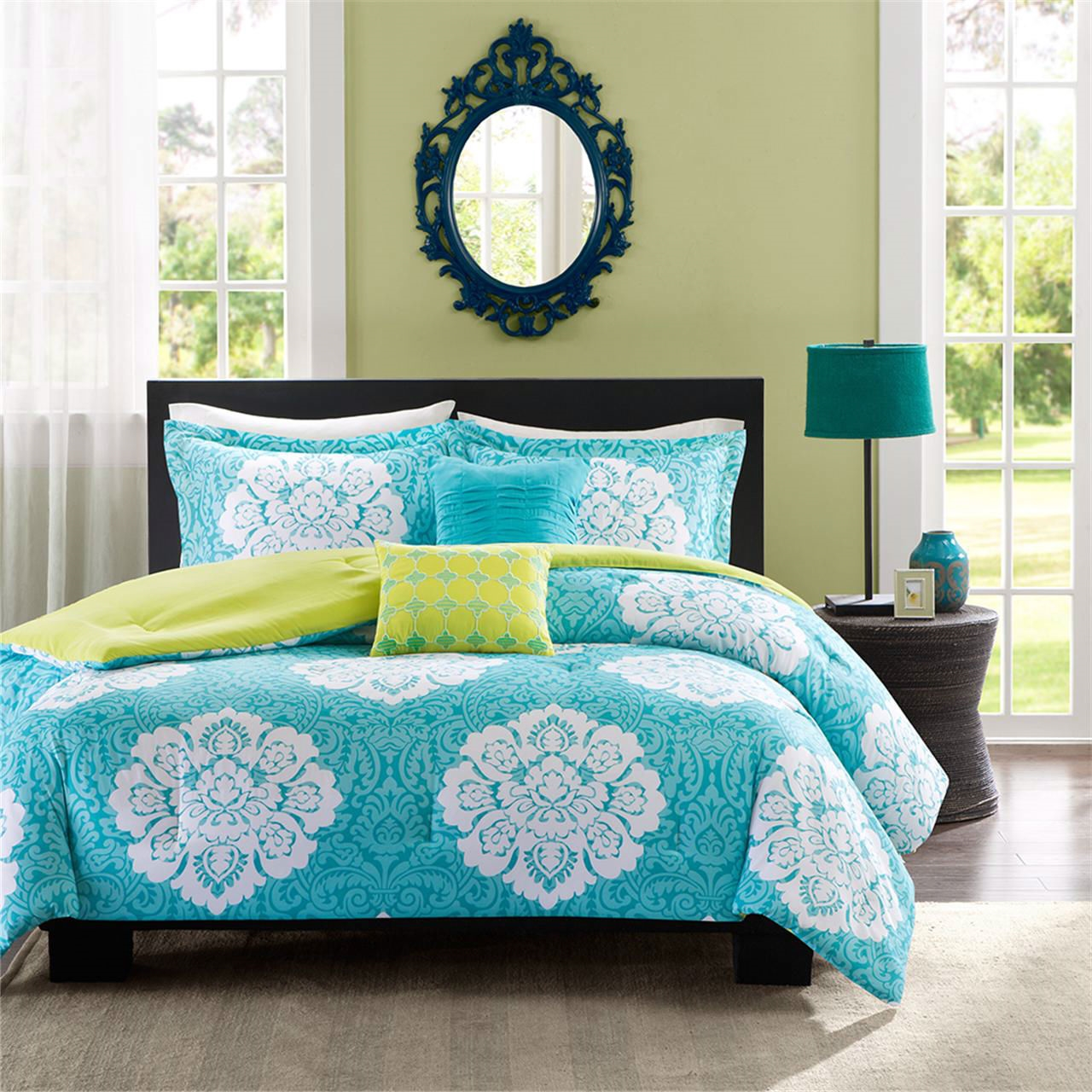 Full size 5 Piece forter Set in Teal Blue White Damask