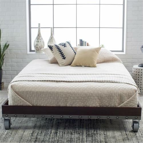 full size heavy duty industrial platform bed frame on casters. Black Bedroom Furniture Sets. Home Design Ideas