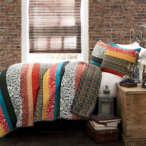 King Size 3 Piece Quilt Set In Modern Colorful Stripe