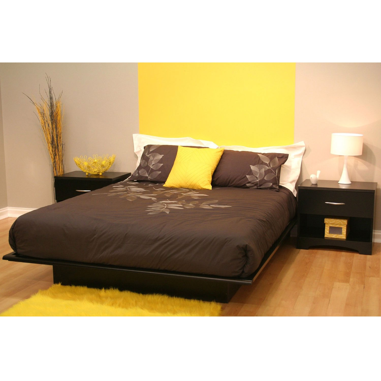 Queen Size Modern Platform Bed Frame In Black Wood Finish