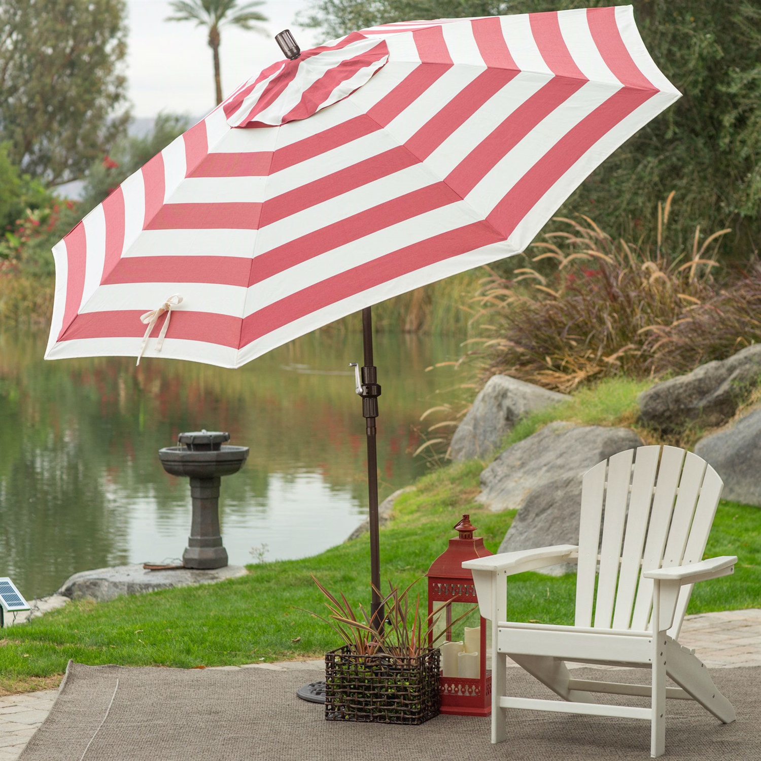 7 5 Ft Patio Umbrella In Red And White Stripe Outdoor Fabric Metal Pole Fastfurnishings