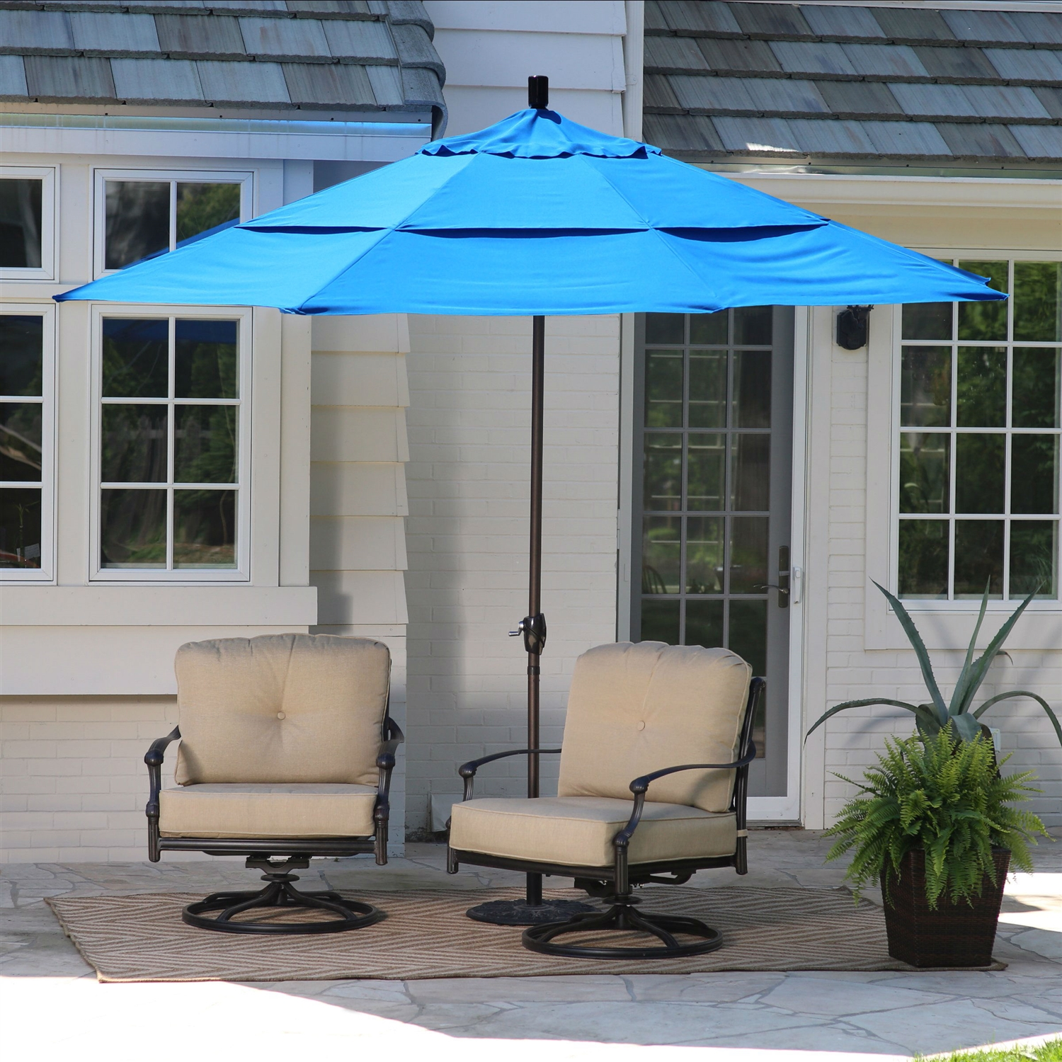 11 Ft Tilting Patio Umbrella With