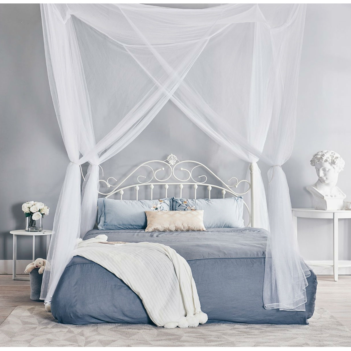 White 4 Post Bed Netting Mosquito Net For Canopy Beds Fits Size Full Queen And King Fastfurnishings Com