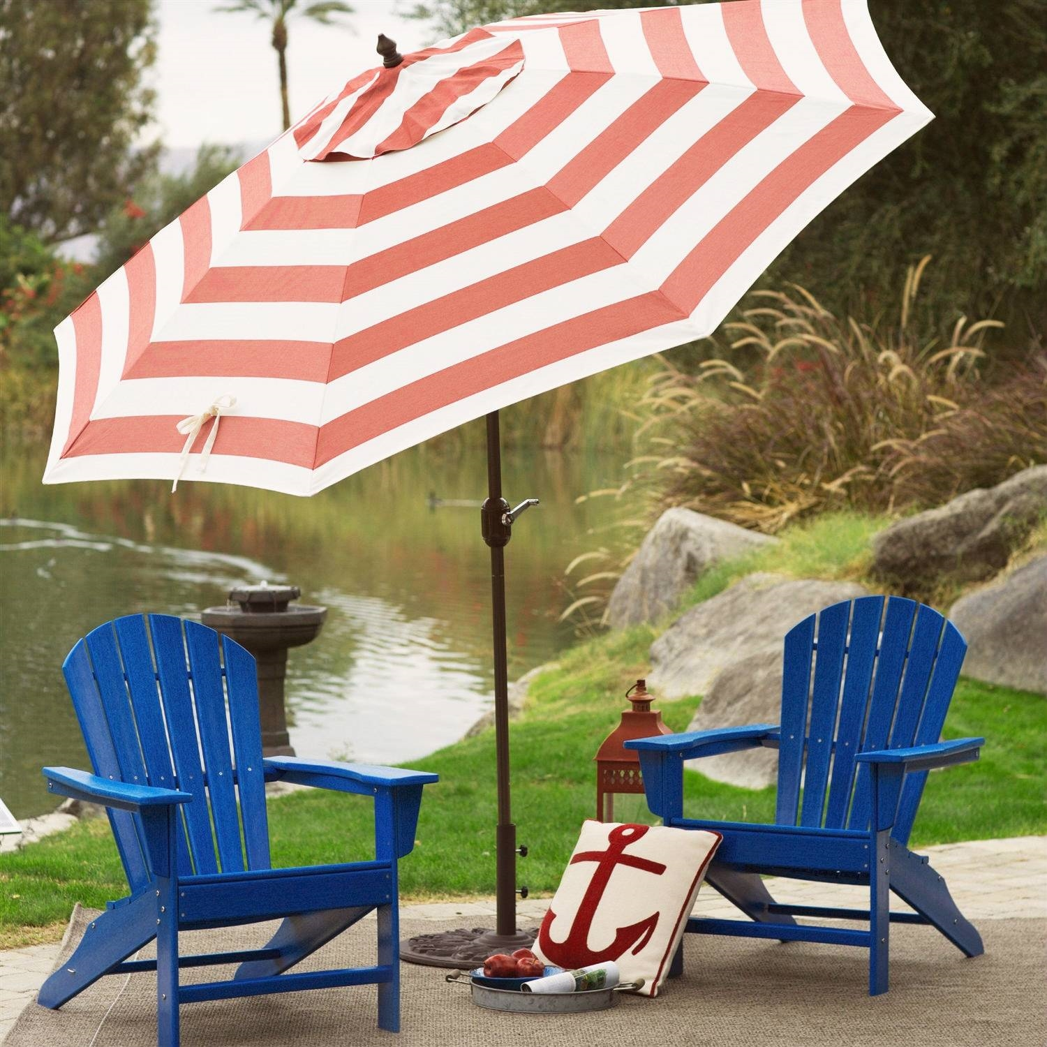 Outdoor 9 Ft Metal Patio Umbrella With Tilt And Crank Lift In Red White