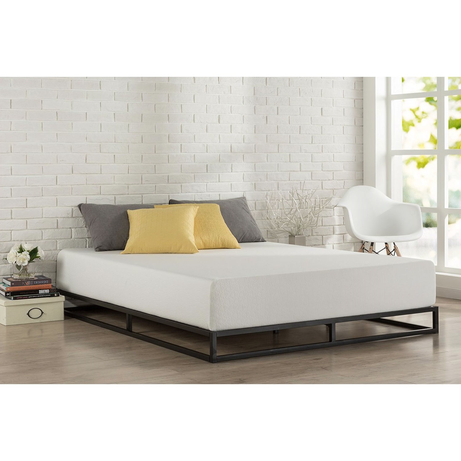 Queen size 6inch Low Profile Metal Platform Bed Frame with Wooden