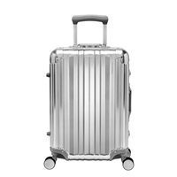 "Ricardo Aileron 20"" Carry-On Spinner in Silver"