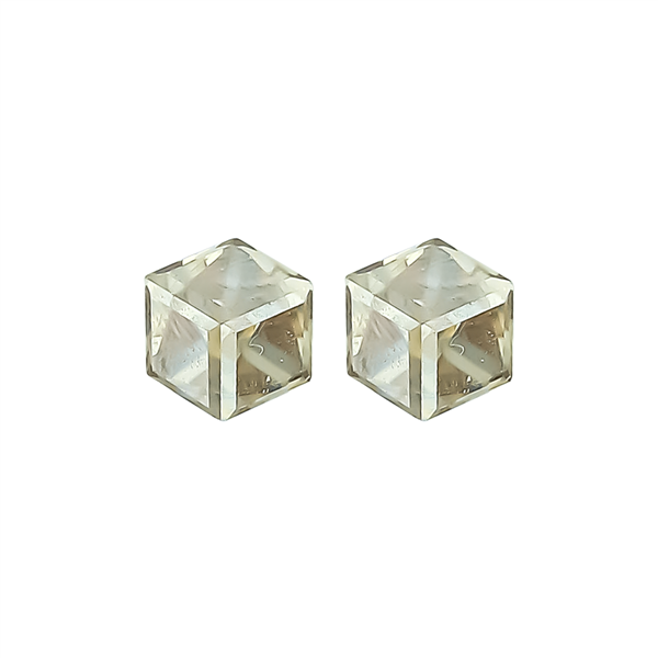 "1/4"" Gold Cube Stud Earrings"