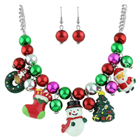 THE BEADED CHRISTMAS CHARM NECKLACE SET