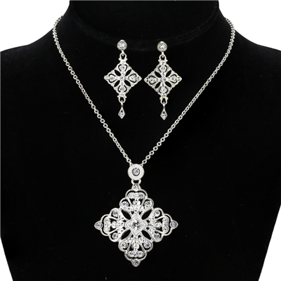 CRYSTAL DIAMOND CROSS NECKLACE SET