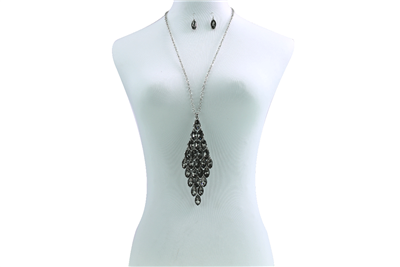 BLACK CRYSTAL NECKLACE SET