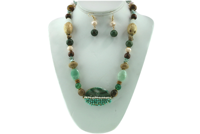 EARTH TONE BEADED NECKLACE SET