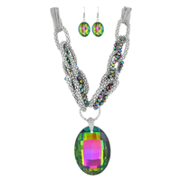 Stylish Fashionable Colossal Clear Crystal Iridescent Beaded Stone Silver Necklace Set
