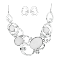 Splendid Elegant Fashion Upscale White Iridescent Stones Crystal Stud Earrings Silver Necklace Set