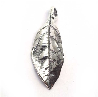 28mm leaf pendant st. silver