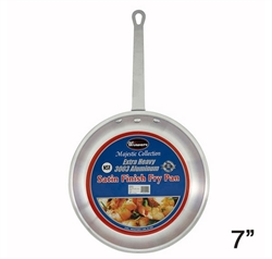 Clearance Item - Winco AFP-7S Aluminum Fry Pan