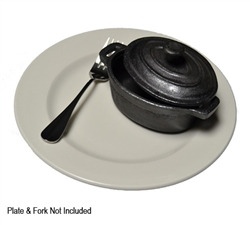 TableCraft 22-oz Cast Iron Oval Mini Casserole Dish w/Lid, (CW30112)