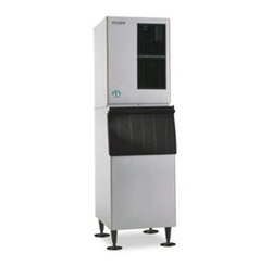 Hoshizaki KM-650MWH 662-Lb Water-Cooled Cube-Style Ice Maker