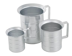Royal Industries Liquid Measuring Cup - 16-Ounce Capacit - Aluminum - 0.5 Qt., (ROY MEAS 1/2)